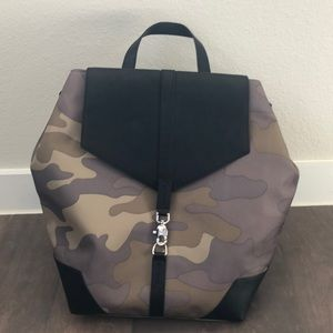 Stella & Dot Camo Backpack